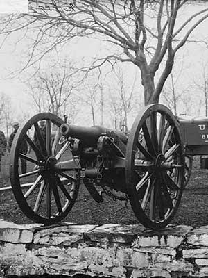 Poems-from-the-battlefield-cannon